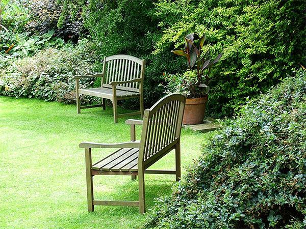 garden staging. Black Bedroom Furniture Sets. Home Design Ideas